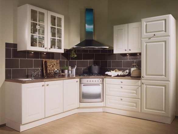 Eiken Keuken Schilderen : Uw keuken er weer als nieuw uit laten zien – Schilder glaszetter