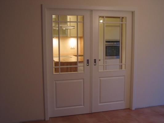 Deuren afhangen deur afhangservice laminaat leggen bouw for Holland deuren service